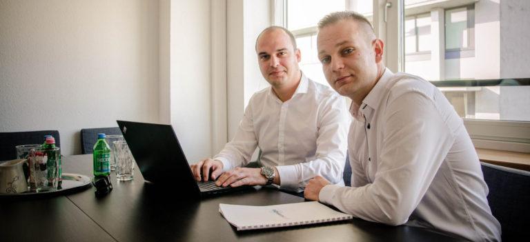 Ismerős partok felé – új freelancer site indul magyar IT szakemberek számára